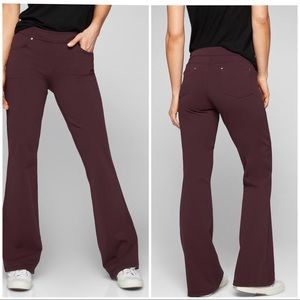 *ATHLETA* Bettina Classic Cassic color Pants- Sz M